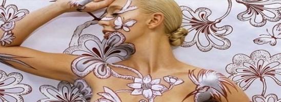 Kunst auf Wand Und Körper